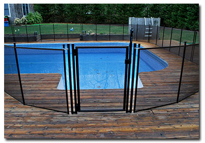 A removable pool gate for pools in New England